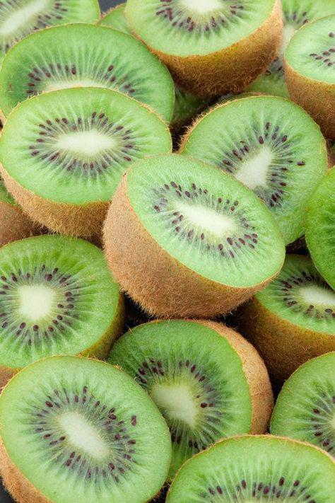 11 alimentos que contienen menos de 100 calorías - kiwi