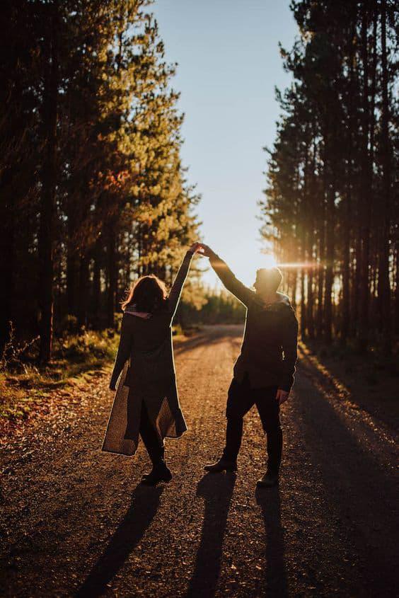 12 tips para tener una bonita relación - Evita espiar a tu pareja