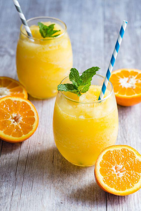 11 alimentos saludables que en realidad te hacen engordar - Jugo de frutas