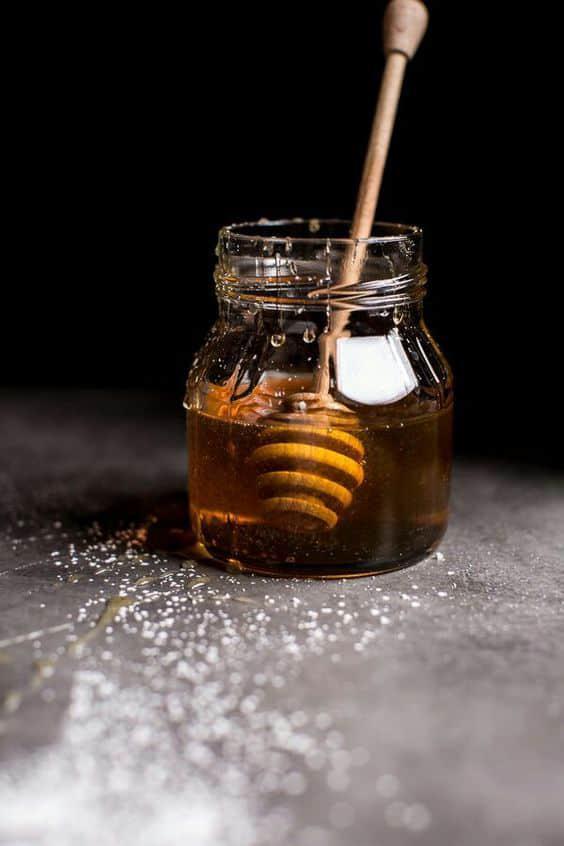 9 alimentos sanos que no debes consumir en exceso - Miel