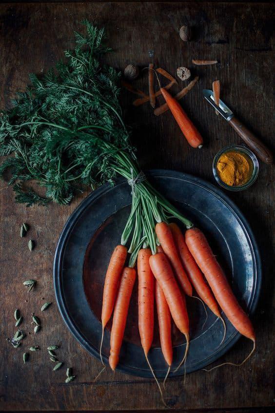 9 alimentos sanos que no debes consumir en exceso - Zanahoria