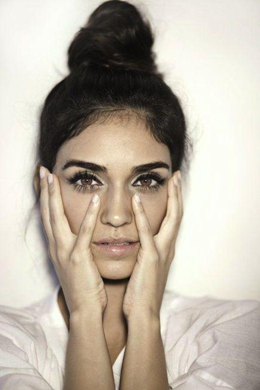 6 errores que cometes al delinear tus cejas - Maquillaje incorrecto para delinearlas