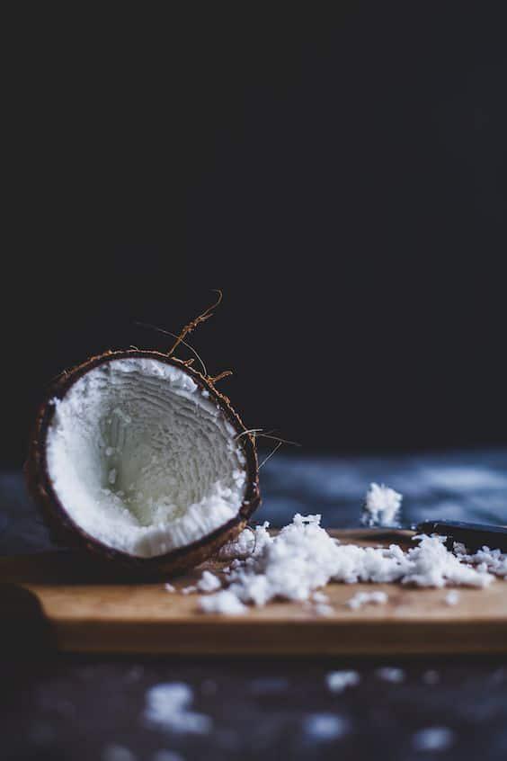 Remedios caseros para los labios partidos - Aceite de Coco