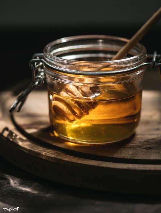 Remedios caseros para los labios partidos - Miel y vaselina