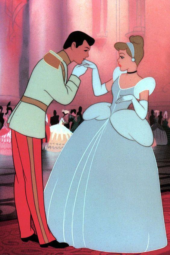 9 Cosas que Disney nos enseñó del amor y que están MAL - Cambia quien eres para gustarle a un chico