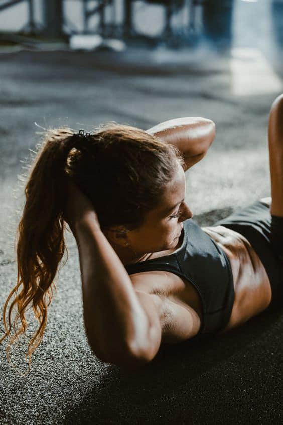 Los 9 mejores ejercicios para hacer en casa - Abdominales