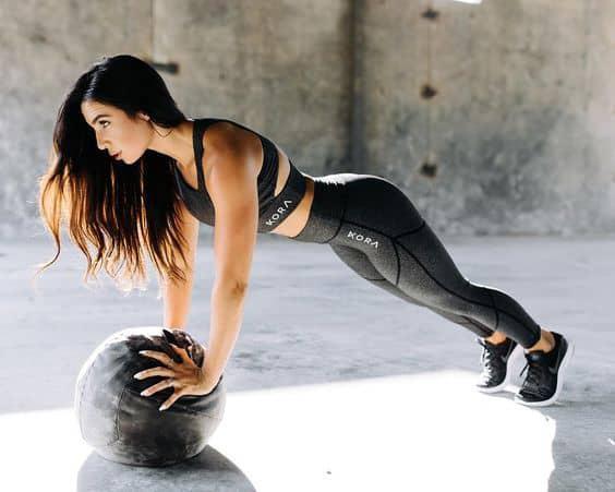 Los 9 mejores ejercicios para hacer en casa - Lagartijas (push-ups)