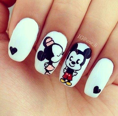 14 diseños de uñas de Mickey Mouse para conmemorar su aniversario - Mickey y Minnie