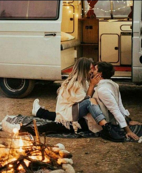 Señales de que no se quiere enamorar y sólo está jugando - Mata el romance