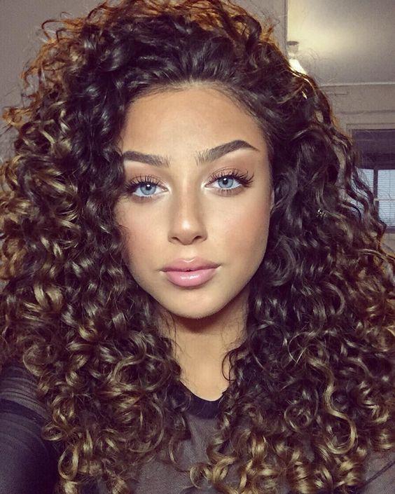Razones por las que debes de amar tu cabello chino - Tus peinados siempre quedan on point