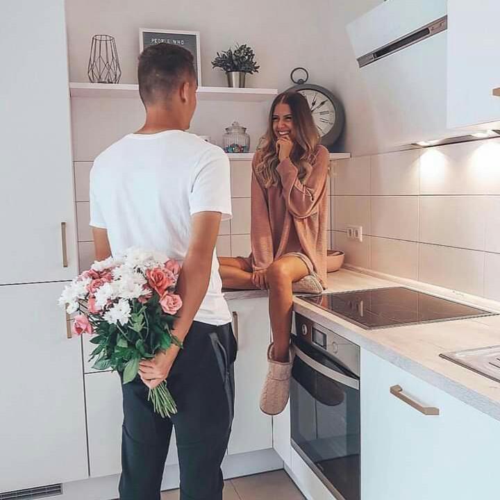13 Señales de que tienes una relación estable - Comparten gastos