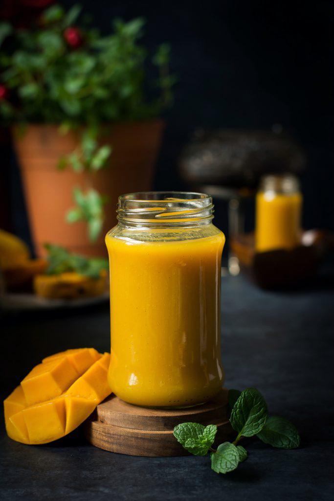 Smoothies de mango: 3 deliciosas recetas que ayudarán a mantenerte fit - Smoothie de mango y yogurt griego