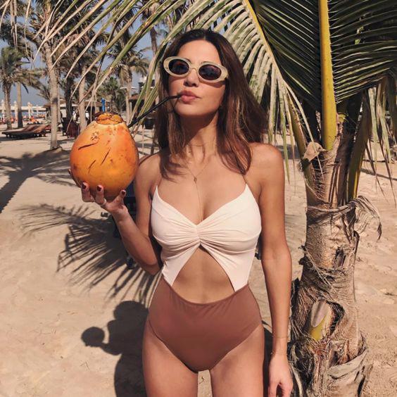 7 Beneficios del aceite de coco para tener una piel y melena impactantes - Elimina la caspa