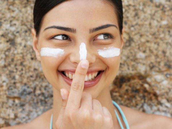 12 consejos para cuidar tu piel del frío que te encantaran - Utiliza protector solar