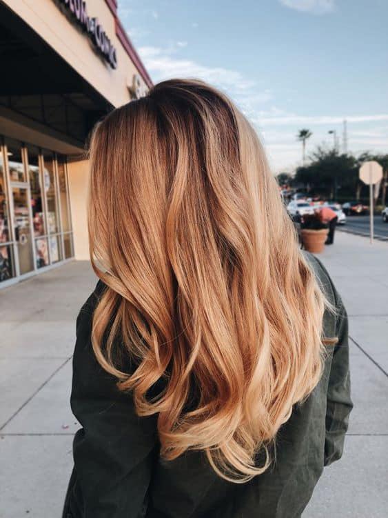 Razones por las cuáles tu cabello sufre de frizz - No usas el cepillo que va de acuerdo con tu cabello
