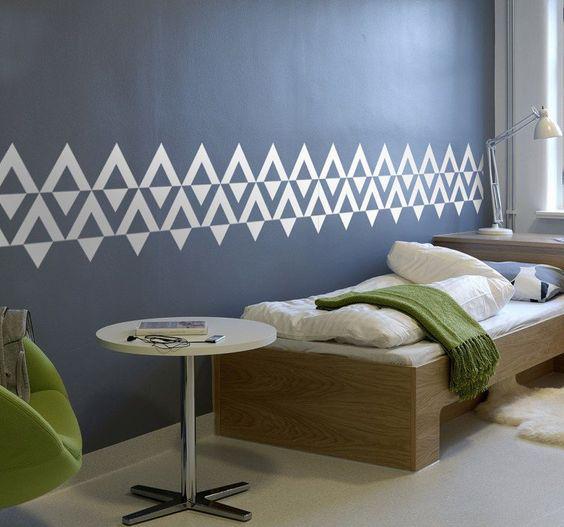 Formas sencillas de decorar tus paredes usando colores - Usa cenefas