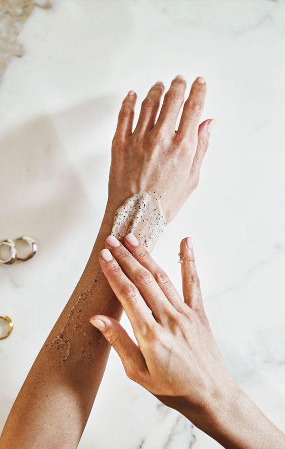 Remedios caseros para humectar las manos - Yema de huevo