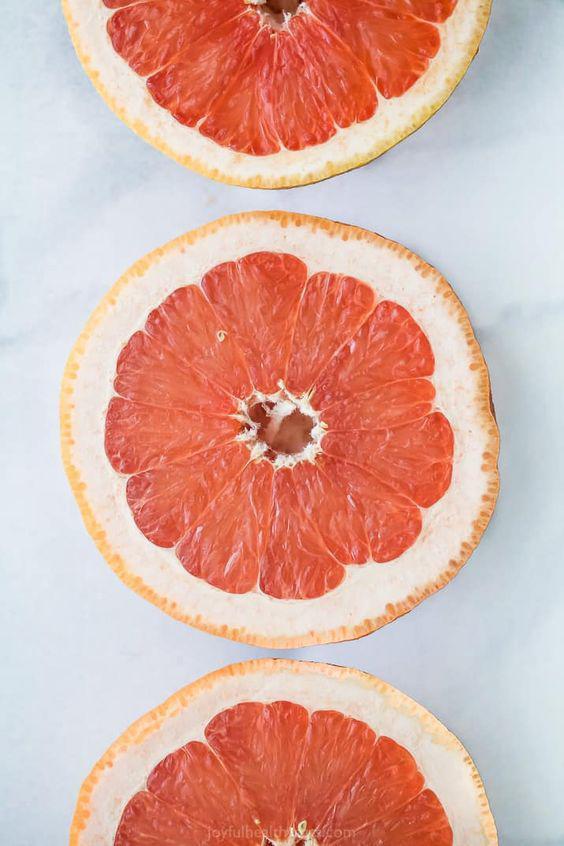 Alimentos que te ayudan a quitar la celulitis - Toronja