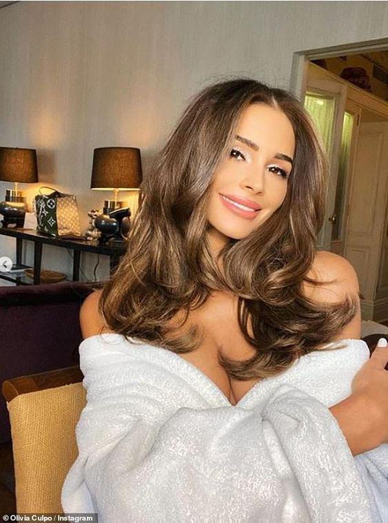 Consejos caseros para mejorar tu rutina de cabello - No lo laves diario