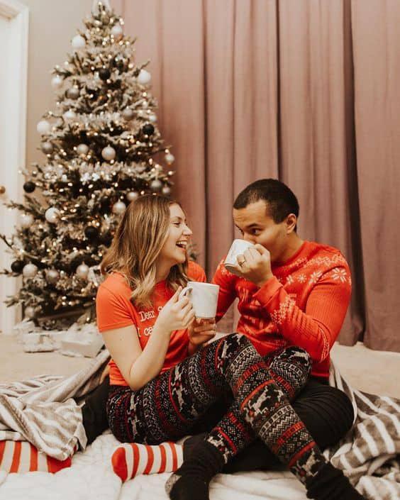 7 tips para una navidad en pareja inolvidable - Maratón de películas