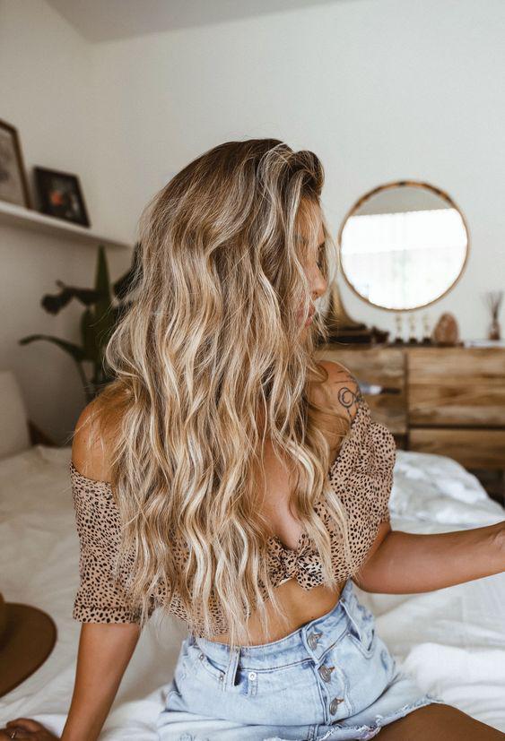 Trucos para hacer ondas en el cabello sin calor - con trenzas