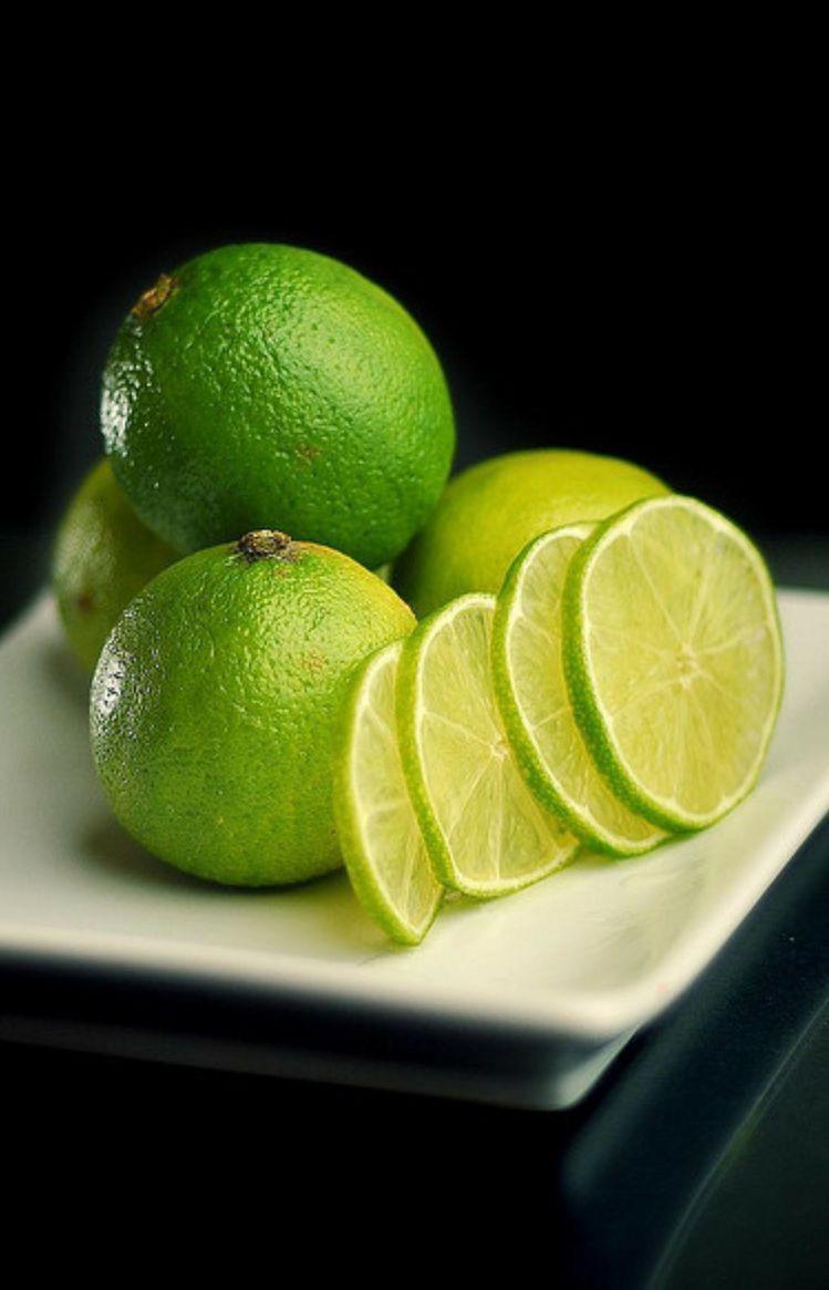Superpoderes del agua de limón que debes de conocer - Te ayuda como diurético