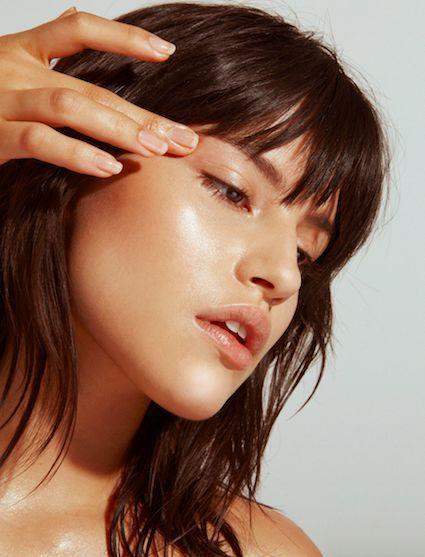 Ingredientes de moda para skincare, ¡conoce sus funciones! - Ácido hialurónico