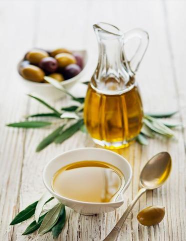 10 alimentos que te ayudarán a bajar la tensión arterial - Aceite de oliva extra virgen
