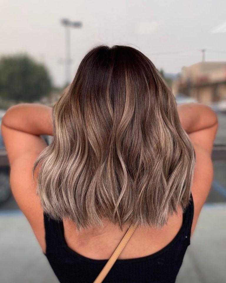 3 problemas y 3 soluciones para eliminar el cabello enredado - Cepillarlo a fondo
