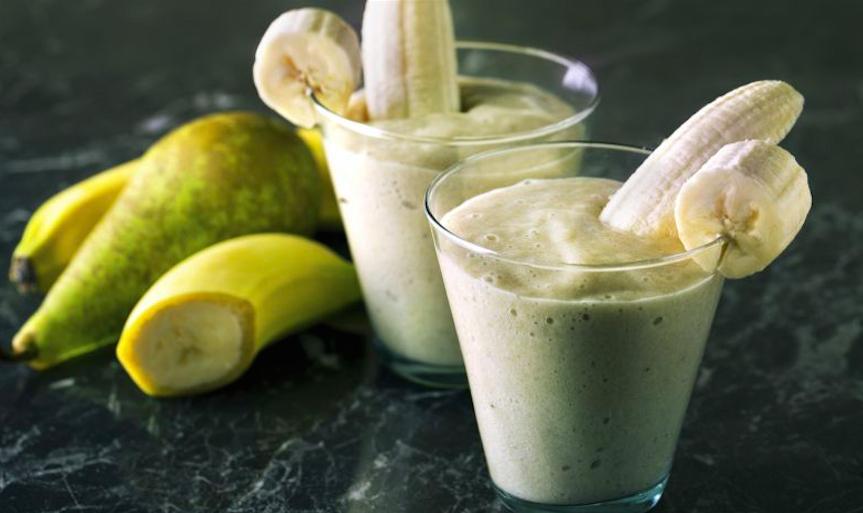 Jugos naturales para la gastritis (naturales y efectivos) - Jugo de plátano y pera