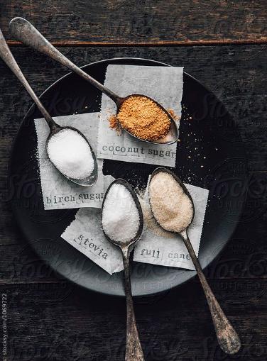 Cómo sustituir el azúcar por endulzantes más saludables -