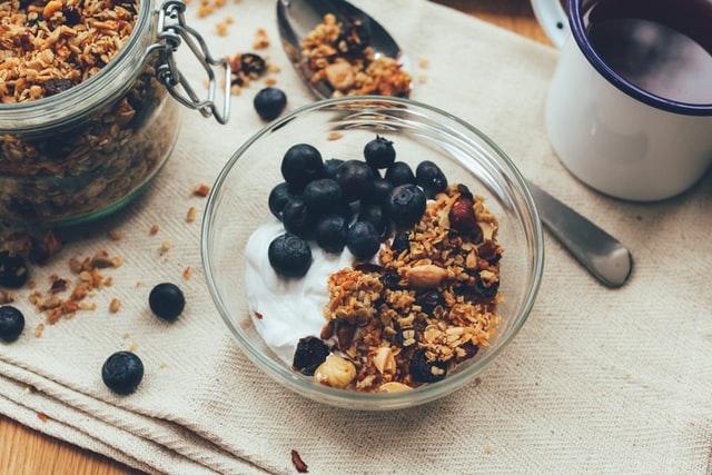 Alimentos que ayudan a calmar la ansiedad y el estrés - Yogur