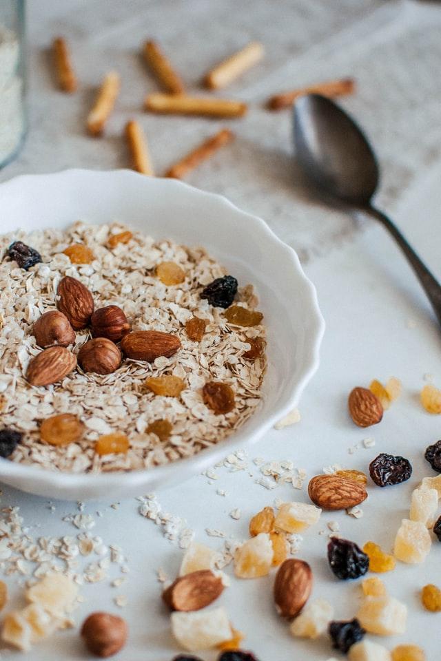 Alimentos que ayudan a calmar la ansiedad y el estrés - Almendras