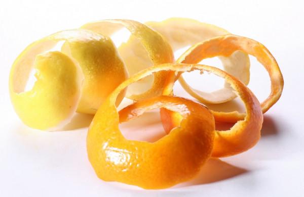 Como quitar el sarro de los dientes - Cáscara de naranja