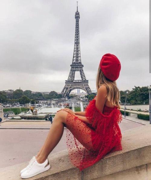 Fotos que me debo tomar cuando vaya a París - De rojo
