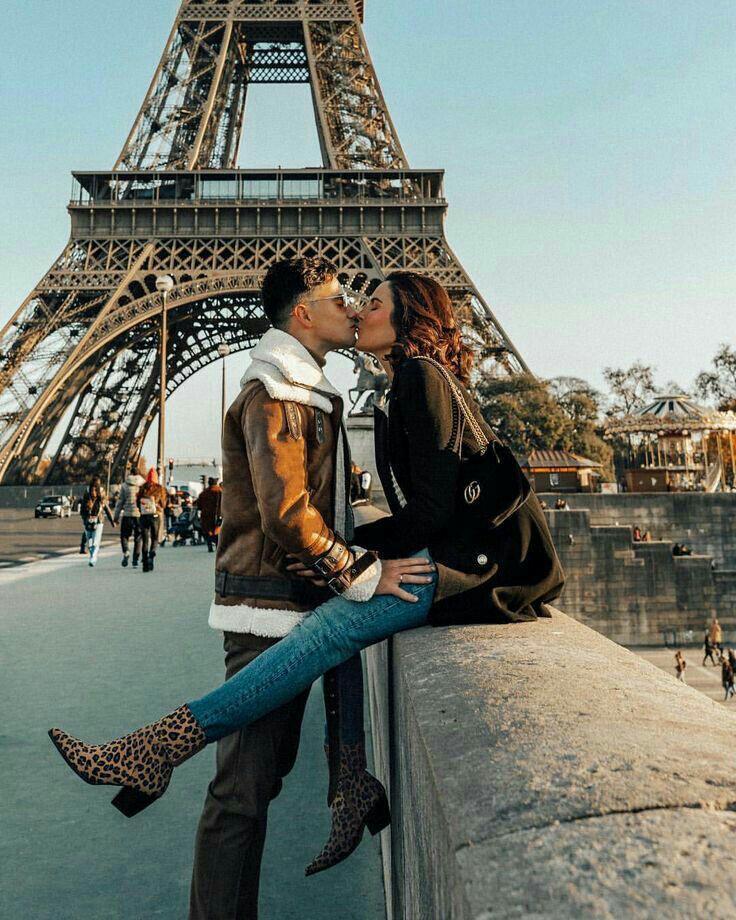 Fotos que me debo tomar cuando vaya a París - Acompañada