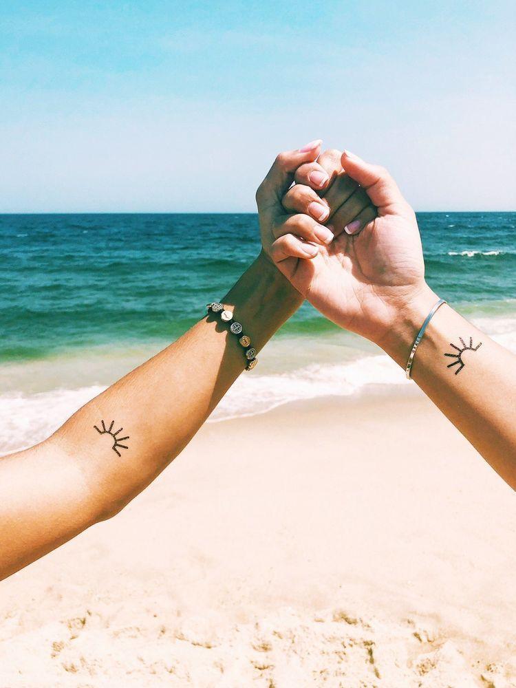 Ideas de tatuajes para hermanas - Símbolos