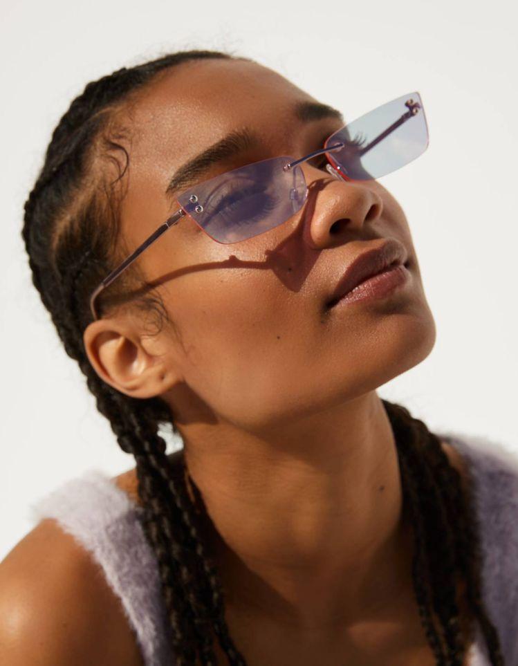 Ideas para lucir espectacular con lentes de sol - Forma de corazón