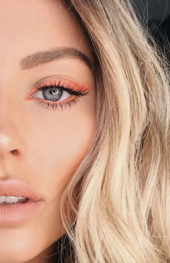 Luce mega linda en tus clases on line con estos maquillajes - Delineador de ojos