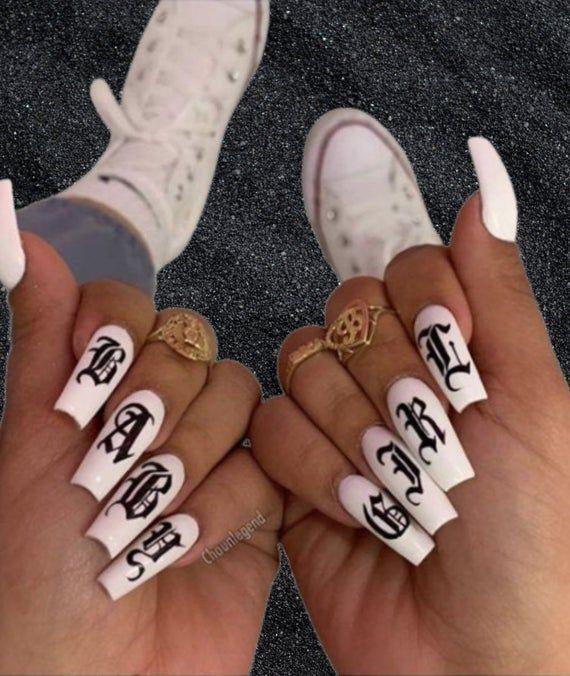 Diseños de uñas aesthetic que se te verán chulísimas - Trap