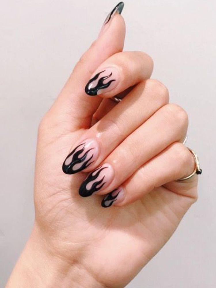 Diseños de uñas aesthetic que se te verán chulísimas - Flamas