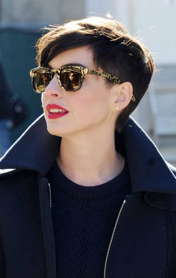 Ideas de cortes pixie para chicas atrevidas - Anne Hathaway
