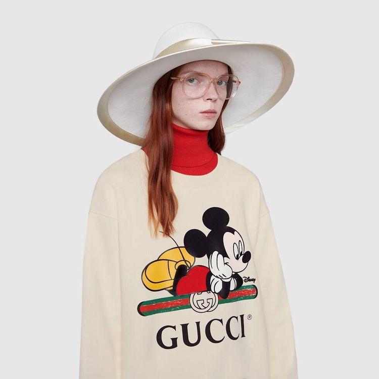 Looks con Mickey Mouse sin caer en lo infantil - Luxury brands