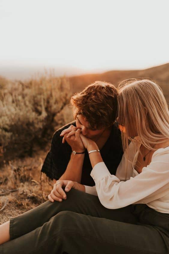 Cómo saber si estás enamorada - Quieres que todos lo conozcan