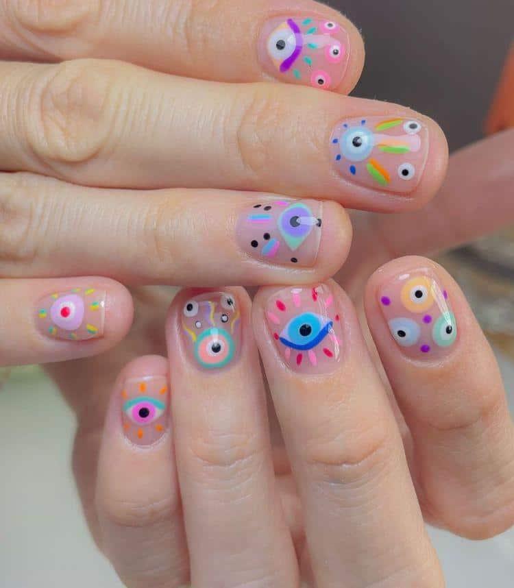 Diseños de uñas con ojos y pestañas - Aesthetics