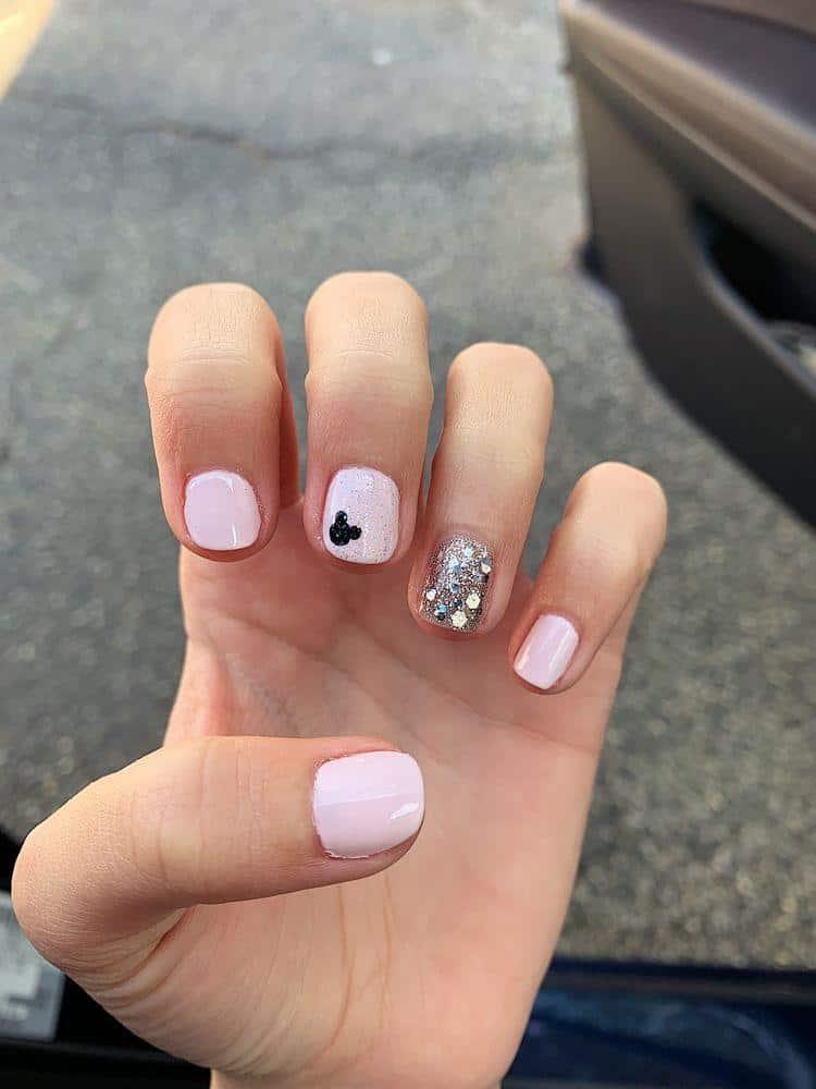 Diseños de uñas de Mickey Mouse - Rositas