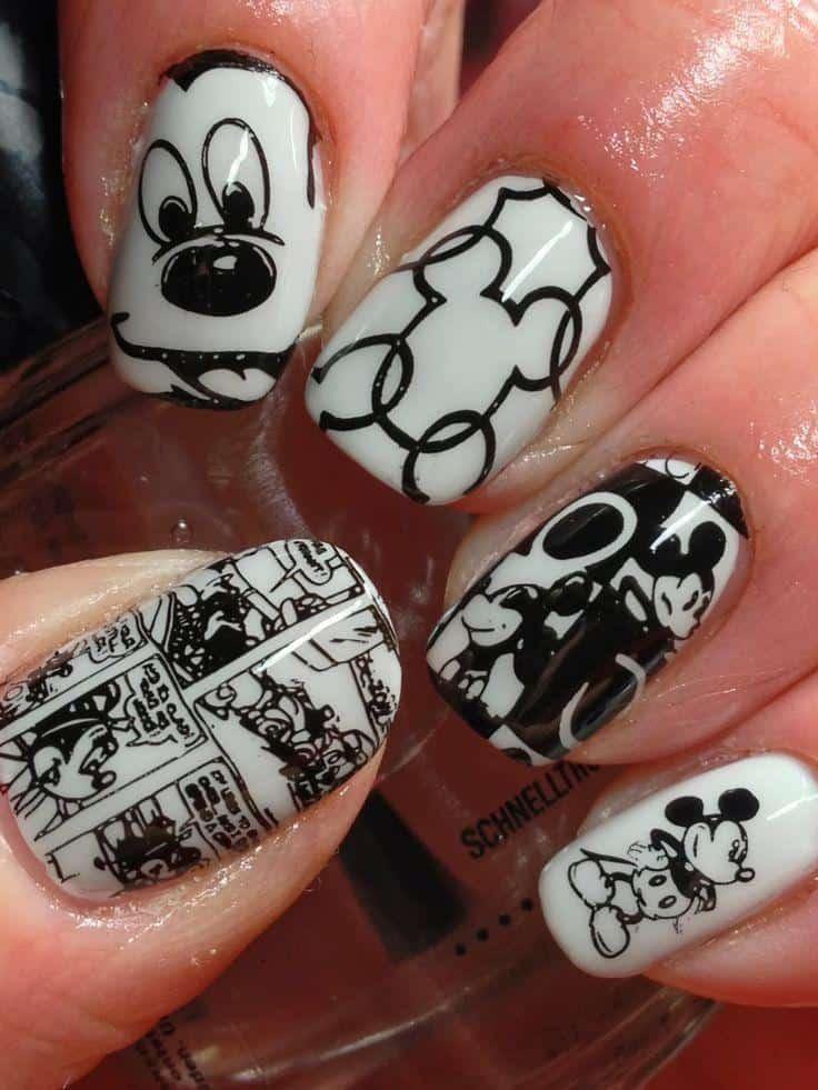 Diseños de uñas de Mickey Mouse - Cartoon