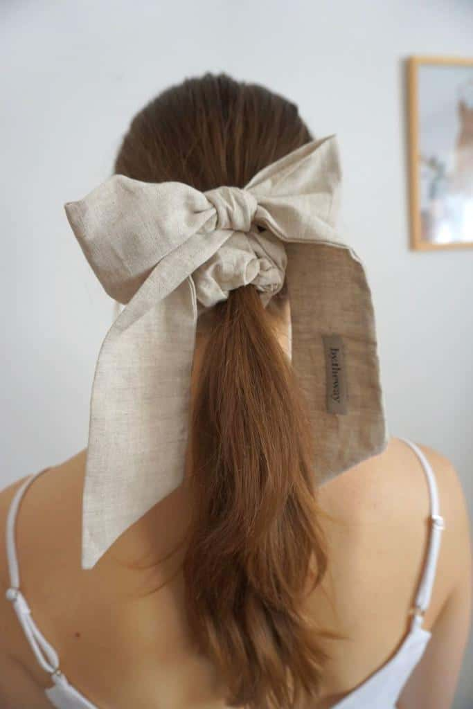 Peinados sencillos para chicas con cabello lacio - Moños Oversize