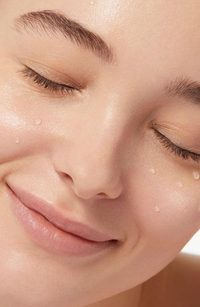Usos que le puedes dar a tu agua micelar - ¿Qué es el Agua Micelar?