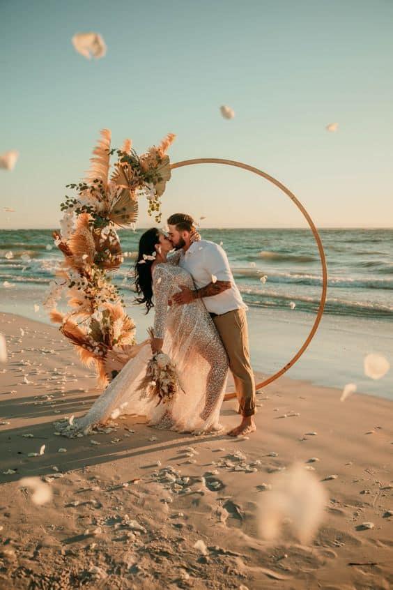 Ideas para fotos que debes intentar en tu boda - Un mágico momento